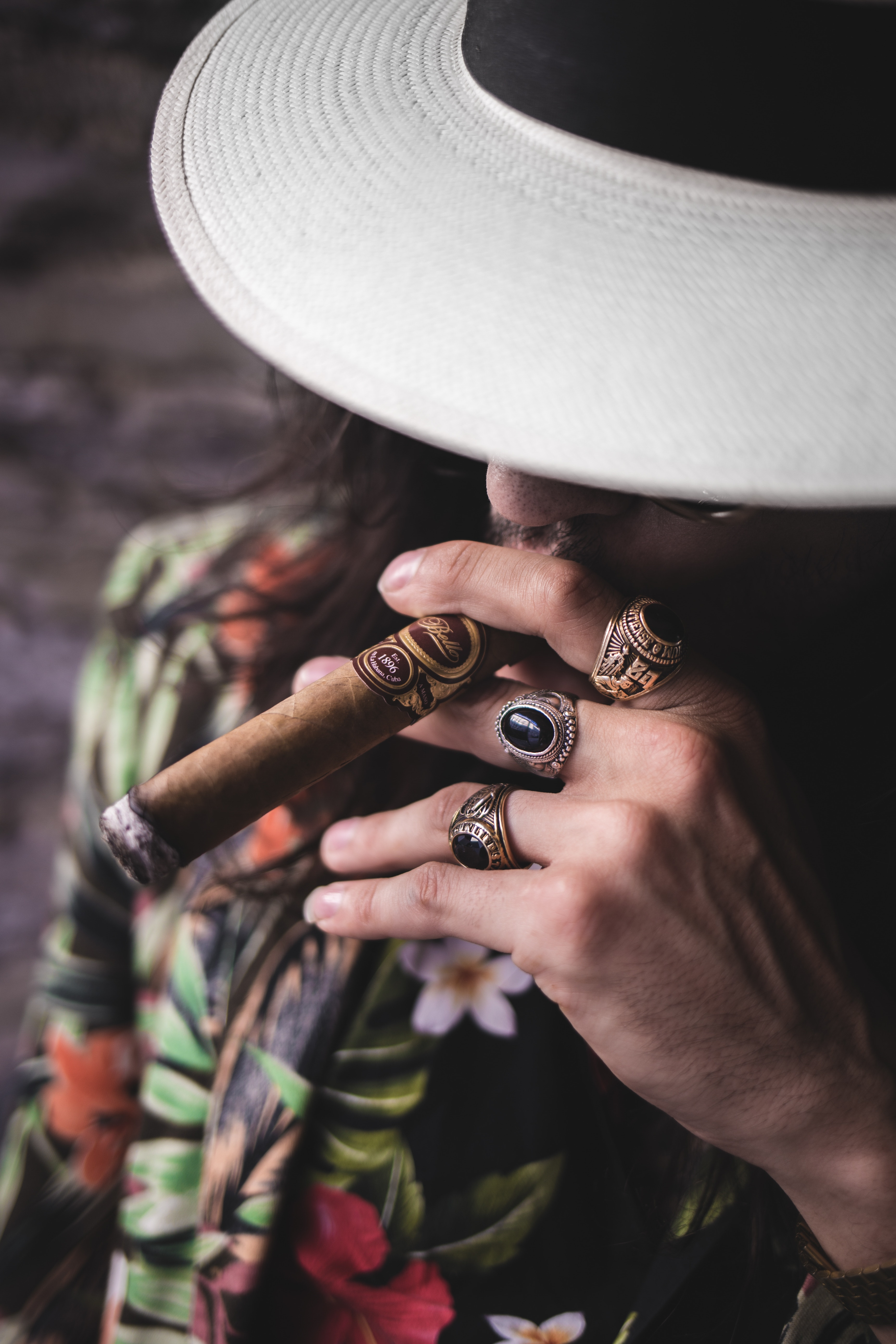 Cygaro a papieros - stereotypy na temat cygar